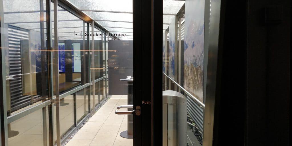 Swiss Senator Lounge Zürich A Raucherbereich
