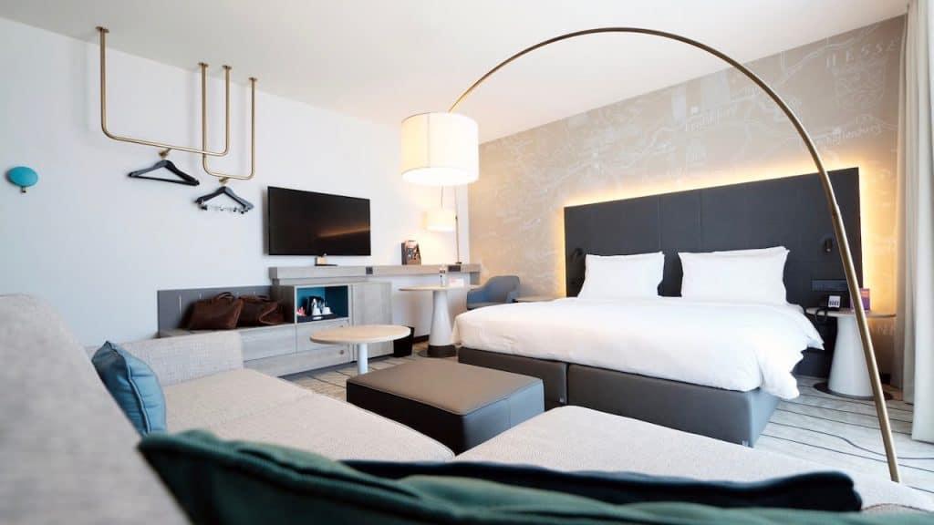 Hyatt Place Frankfurt Airport P062 Guestroom Sofa Bed.jpg