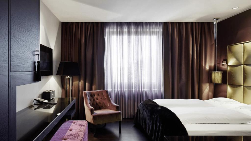Roomers Frankfurt Suite
