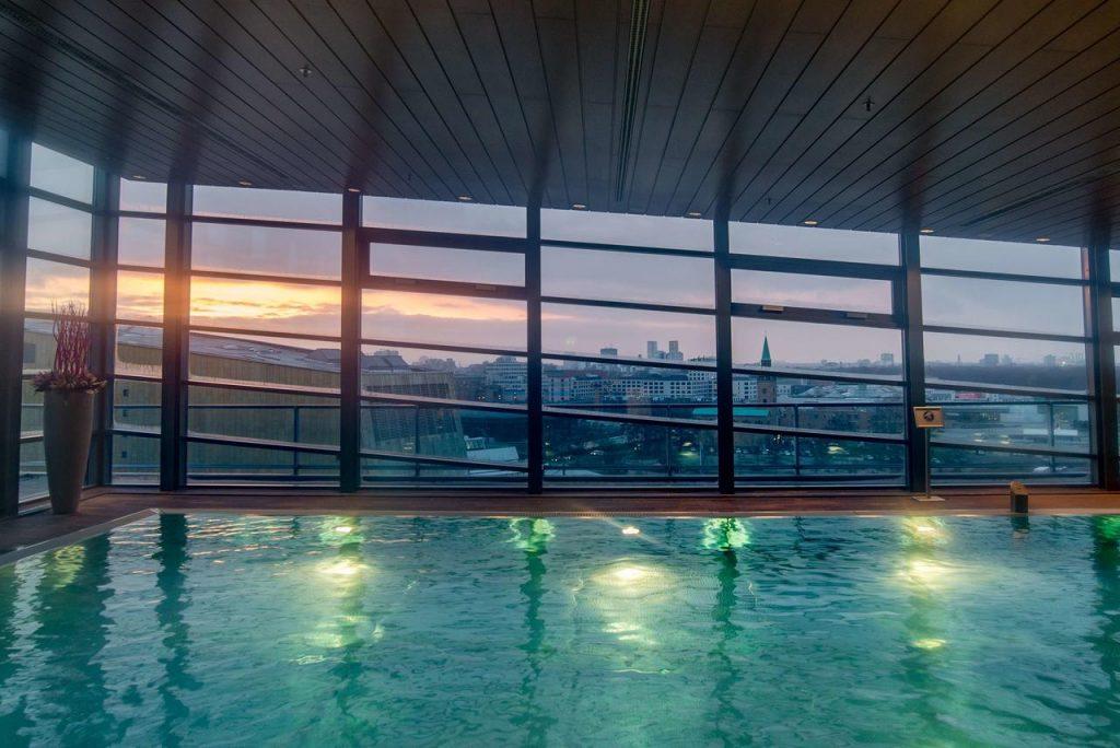 Grand Hyatt Berlin Pool Aussichjt