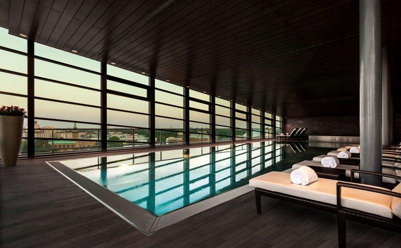 Hyatt Berlin Pool Sunset