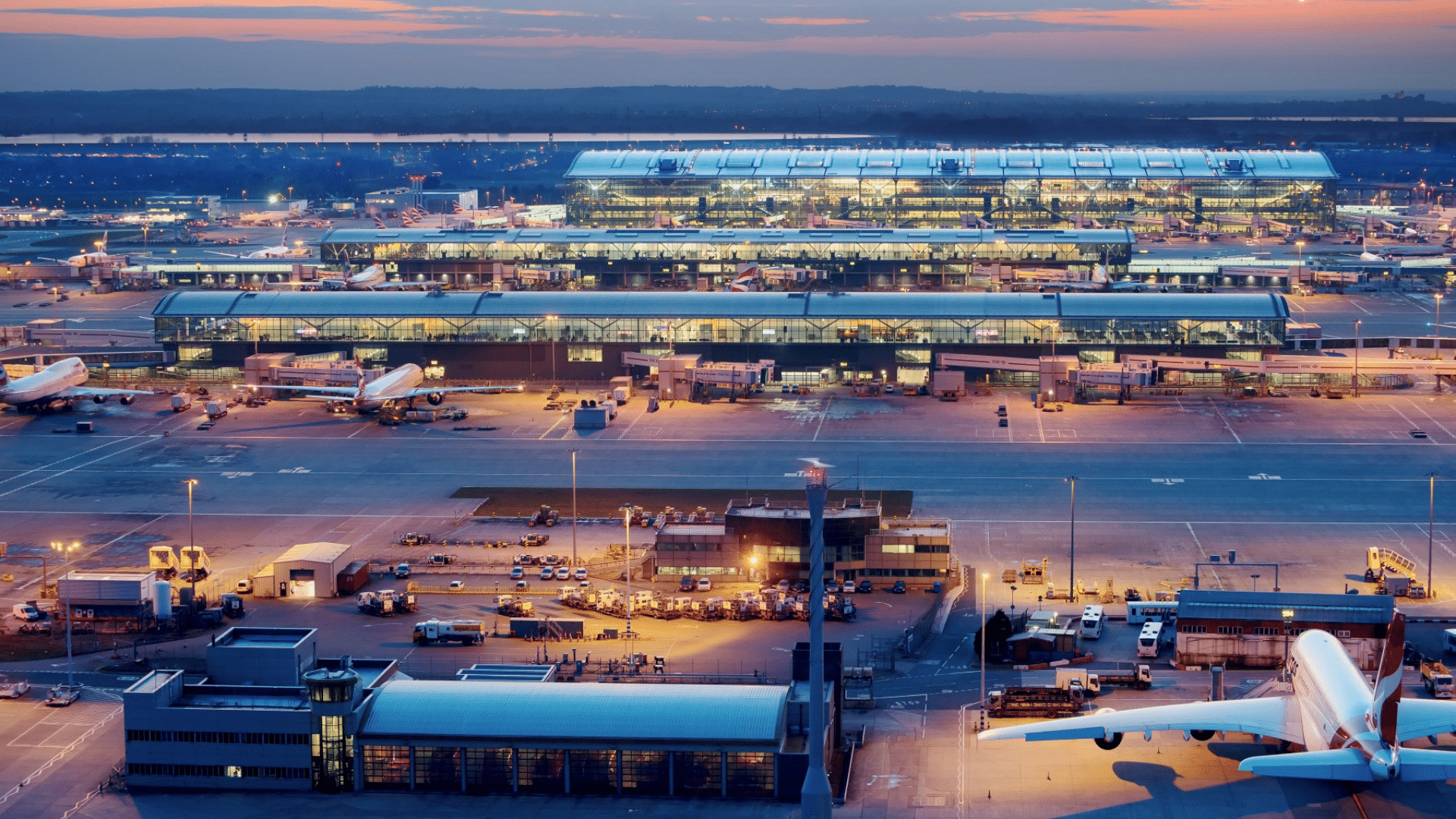 Airport London Heathrow 1