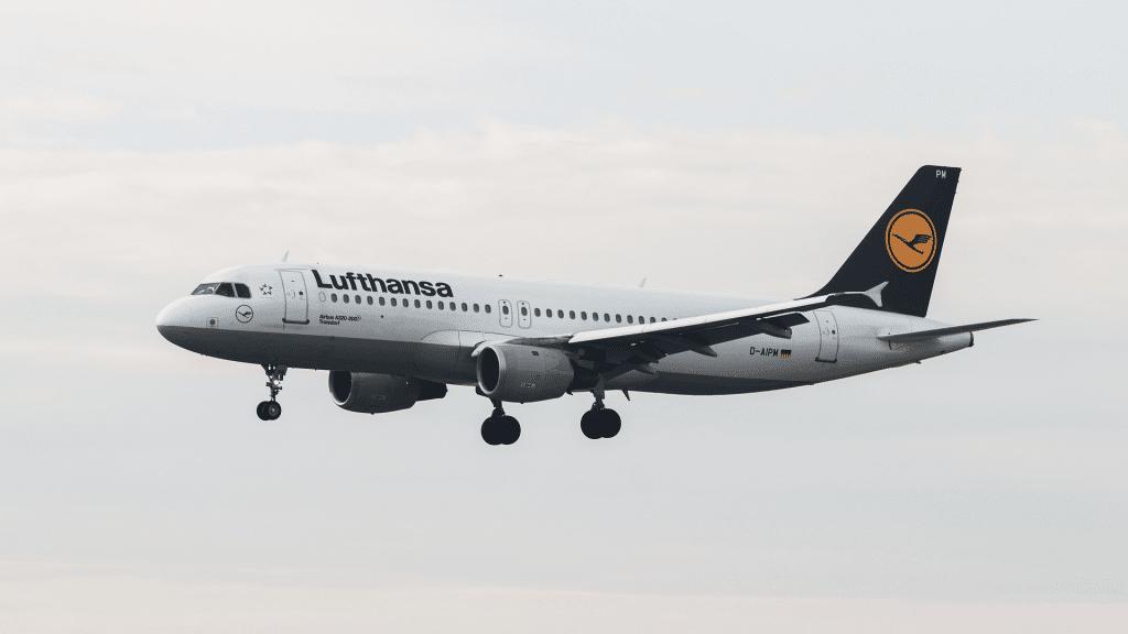 Lufthansa Flieger 2