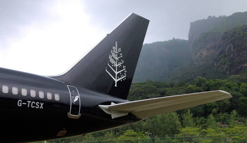 Four Seasons Jet Bild