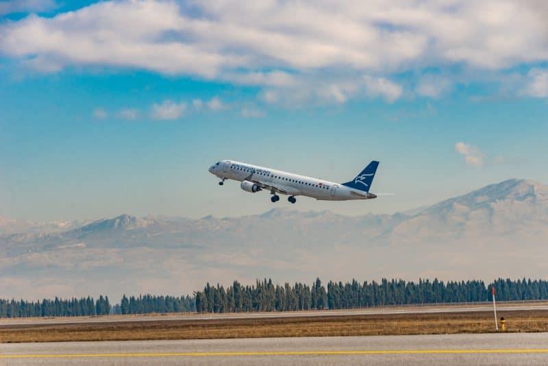 Montenegro Airlines Galerija Fotografija 05 B