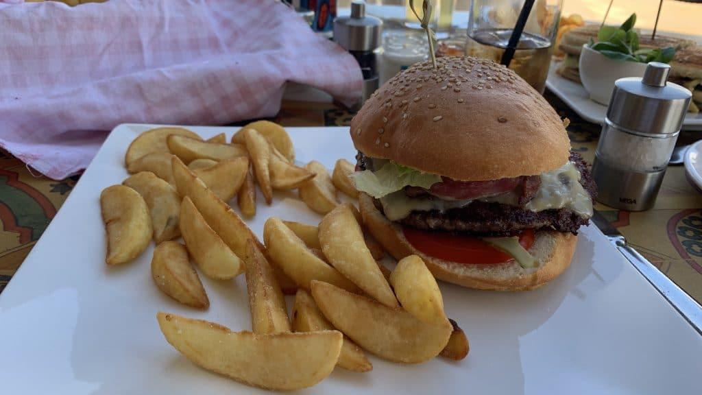 Verdura Resort Sizilien Strand Bar Burger