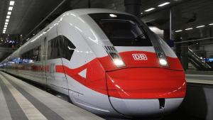 ICE Zug Deutsche Bahn 1