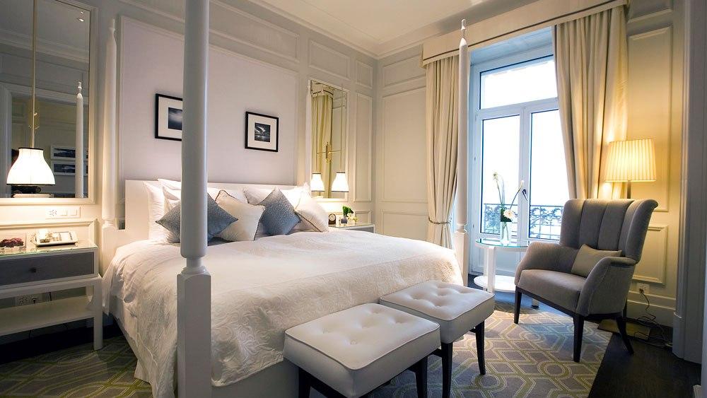 Fairmont Le Montreux Palace Junior Suite
