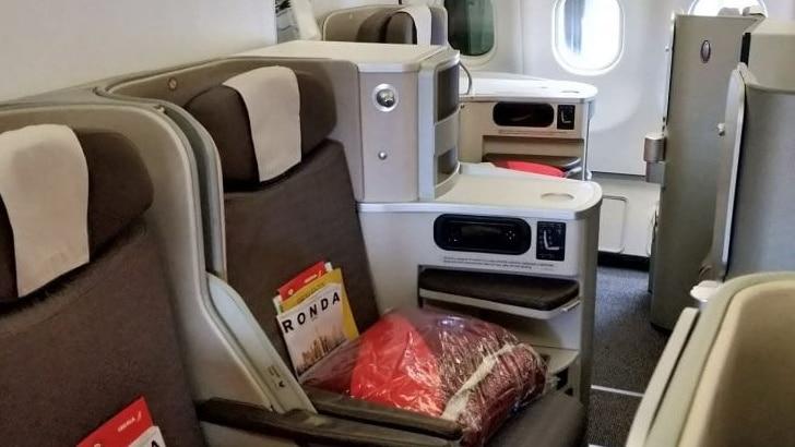 Iberia Business Class Langstrecke Airbus A330 Mittelplätze 1024x512 Cropped