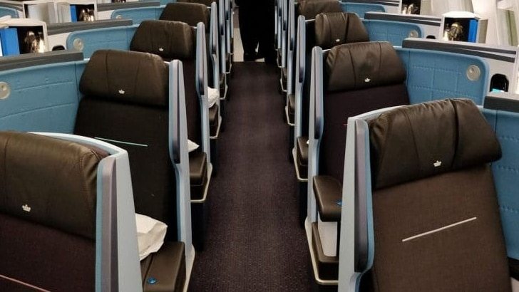 KLM Business Class Boeing 787 Kabine 1024x512 Cropped