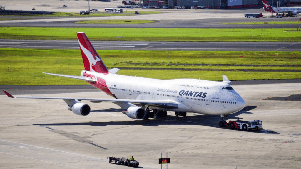Qantas, Boeing 747