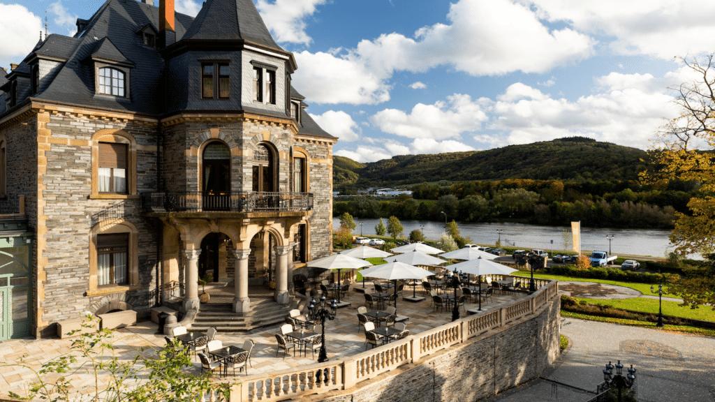 Schloss Lieser Terrasse