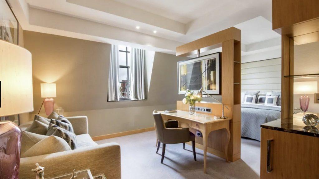 Conrad St. James London Junior Suite