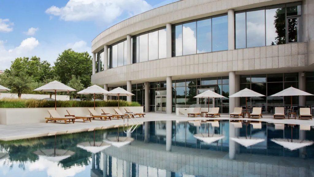Conrad Istanbul Pool-Spa