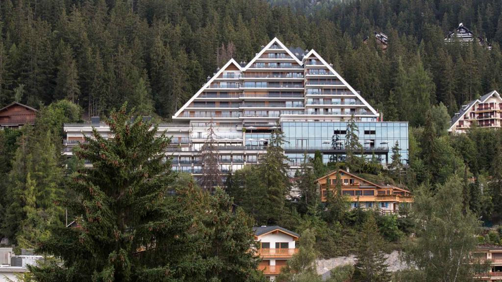 Crans Ambassador Crans Montana Small Luxury Hotel of the World