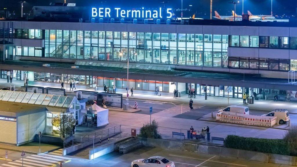 Flughafentransfer zum Terminal 5 BER