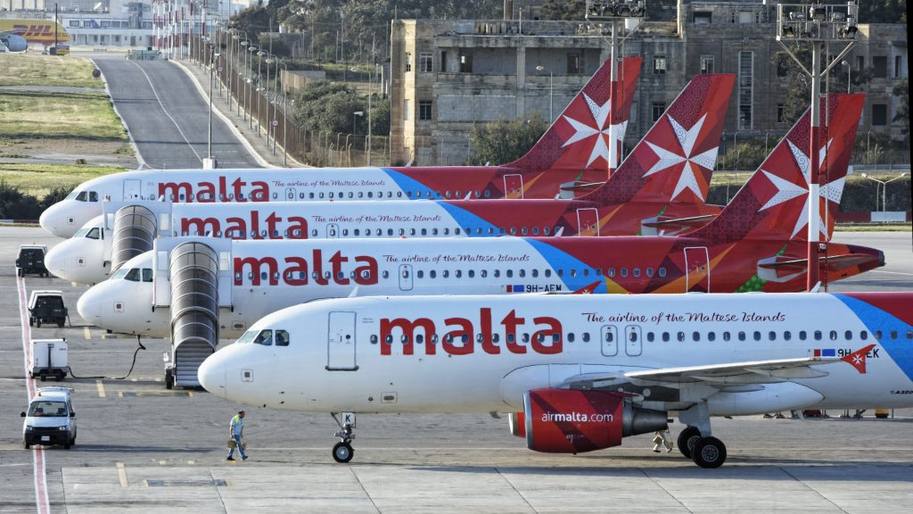 Air Malta Parkposition Cropped