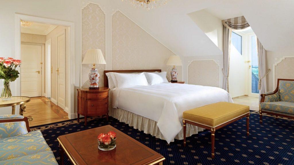 Hotel Imperial Wien Deluxe Zimmer