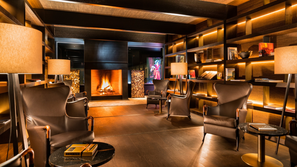 7132 Hotel Vals Library