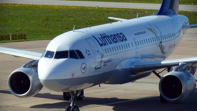 Lufthansa A320 800x560 Cropped