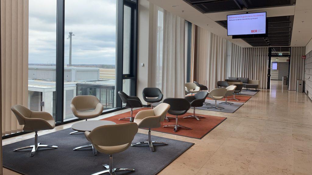 Tempelhof Lounge BER Innen