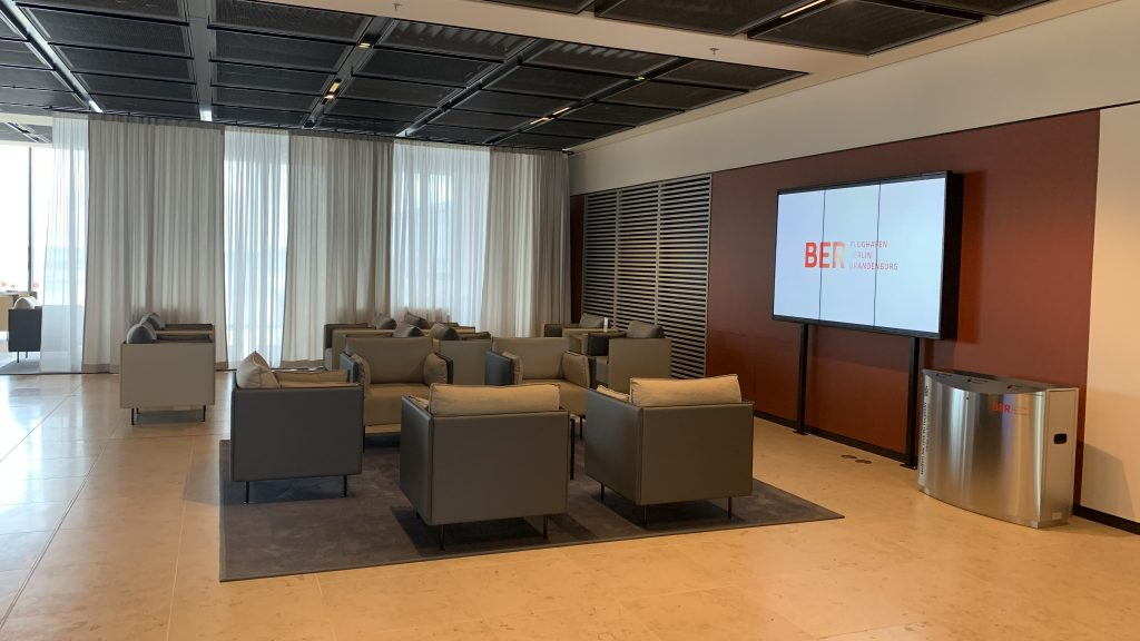 Tempelhof Lounge BER Sitze