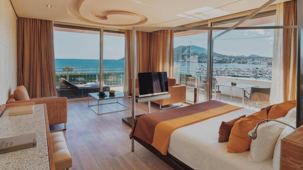 Aguas De Ibiza Corner Suite 1