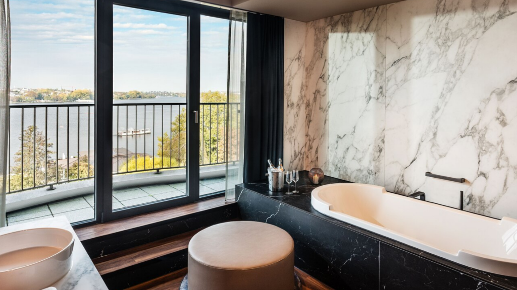 Le Meridien Hamburg Suite Bad