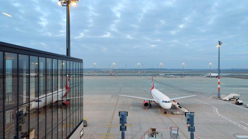 Lufthansa Lounge Berlin Ausblick 2
