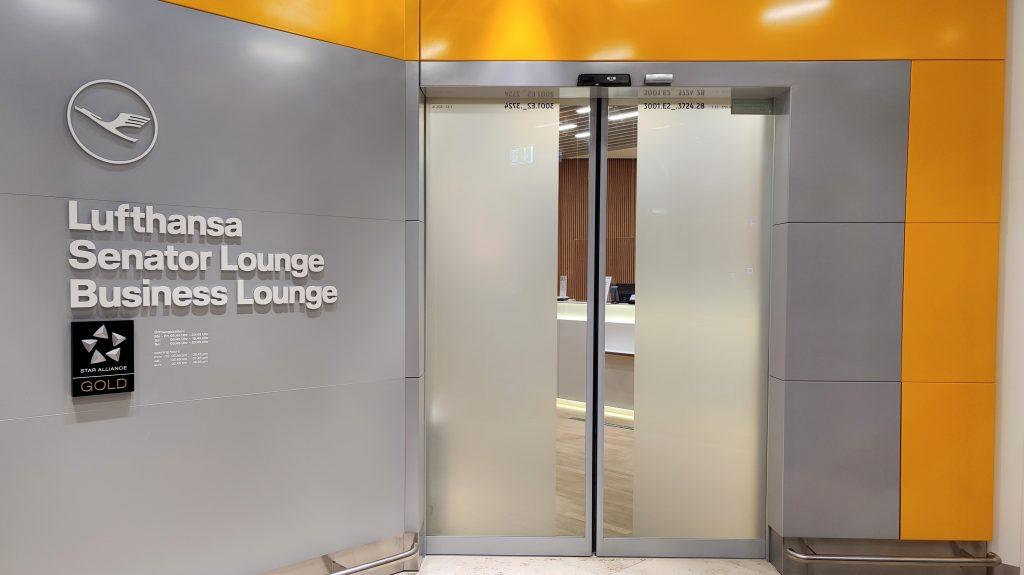 Lufthansa Lounge Berlin Eingang