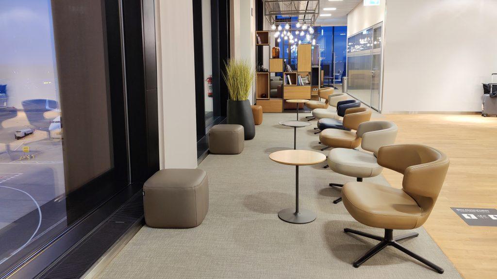 Lufthansa Lounge Berlin Sitzgelegenheiten 10