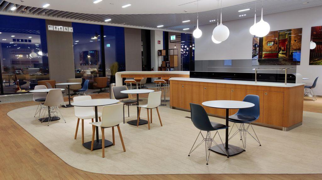 Lufthansa Lounge Berlin Sitzgelegenheiten