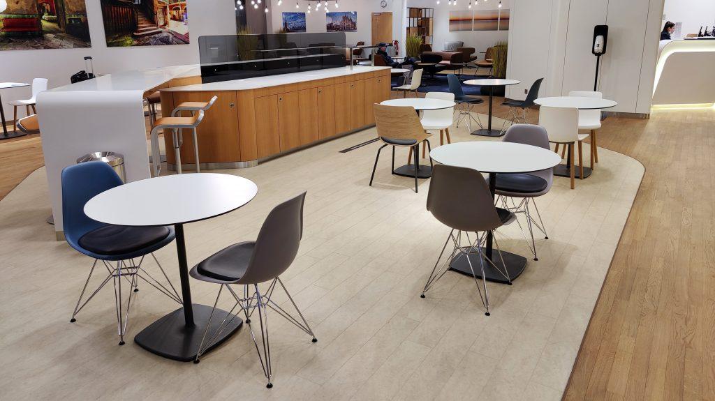 Lufthansa Lounge Berlin Sitzgelegenheiten 11