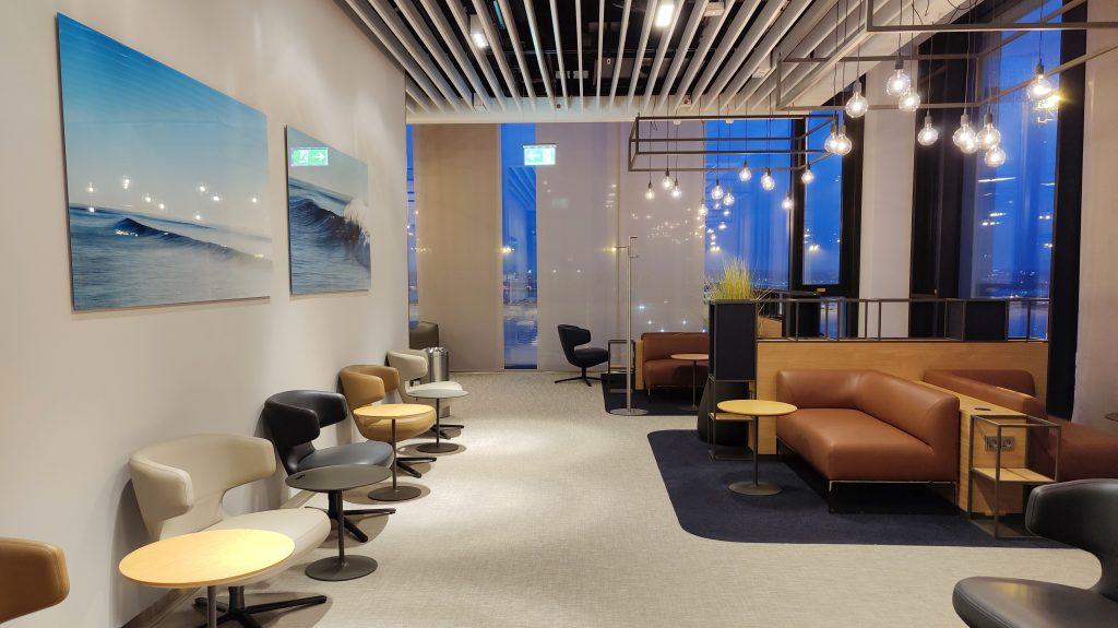 Lufthansa Lounge Berlin Sitzgelegenheiten 13