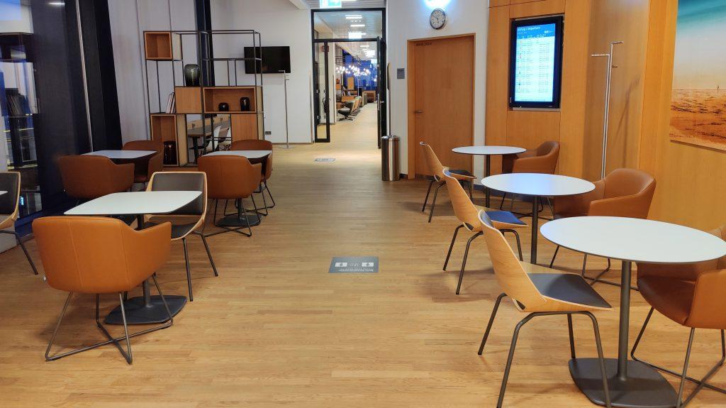 Lufthansa Lounge Berlin Sitzgelegenheiten 9