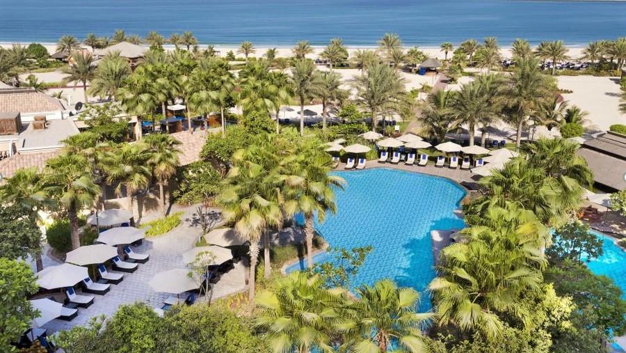 Ritz Carlton Dubai Pool 2