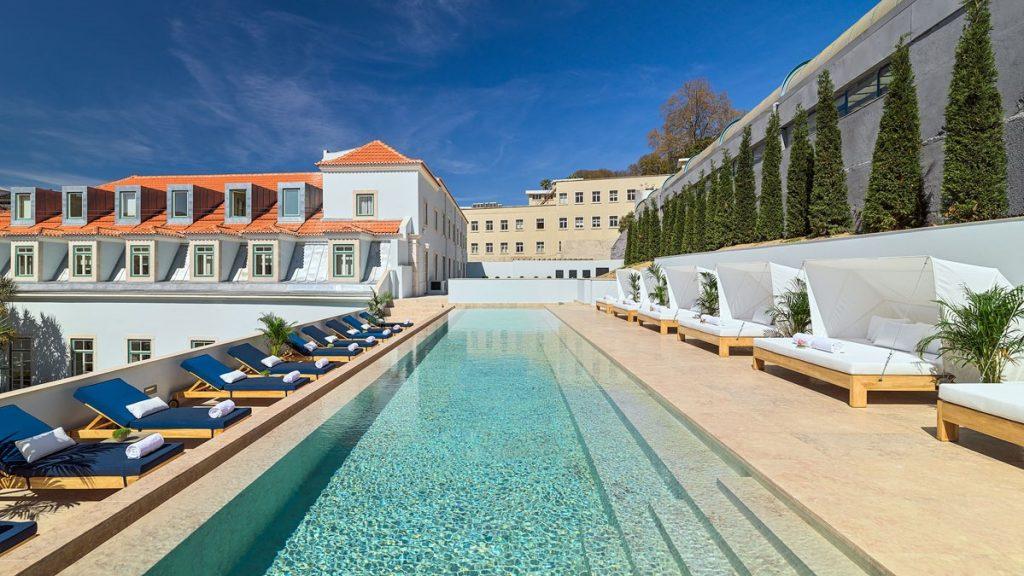 Pool Lissabon 3