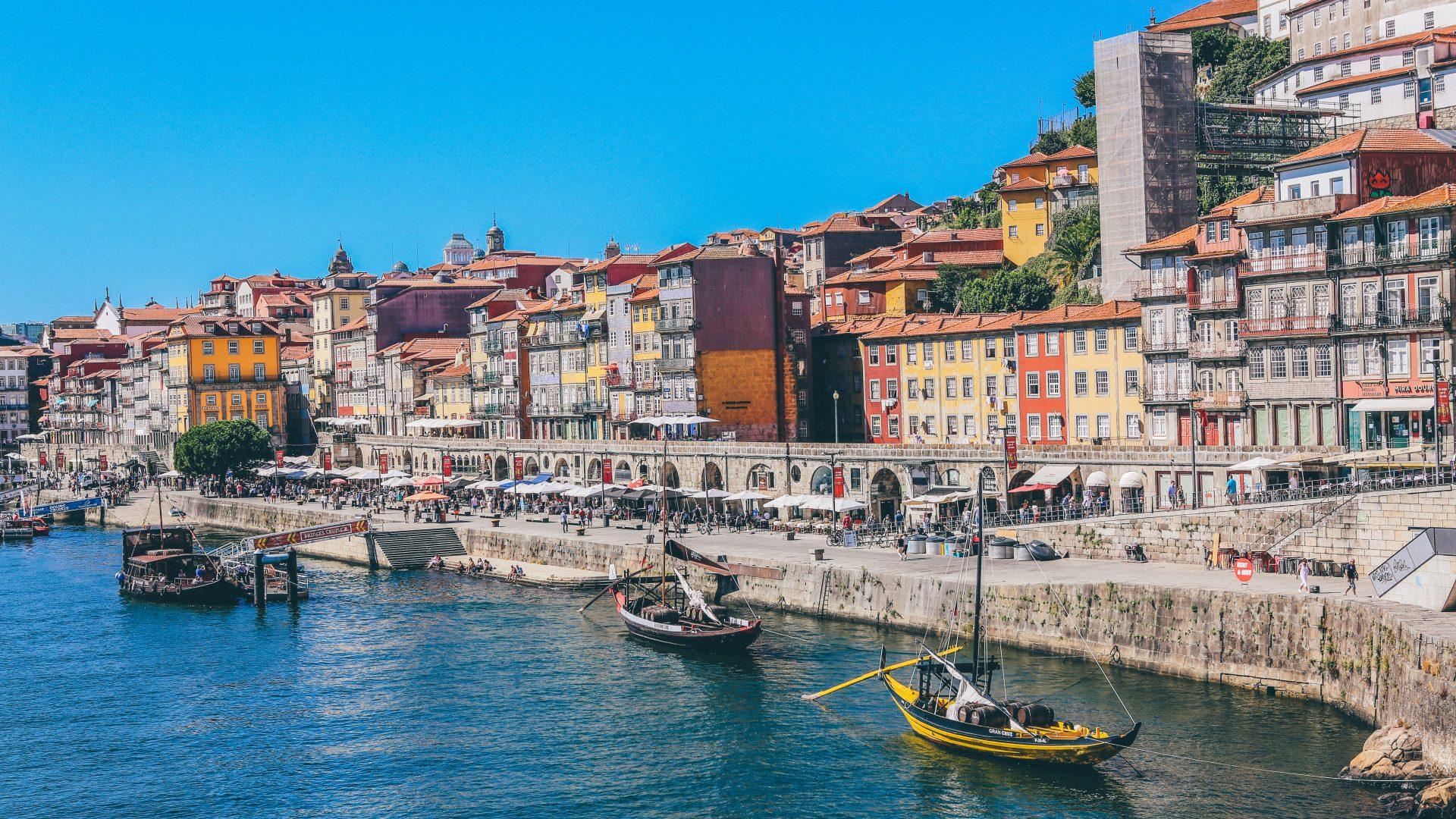 Die-besten-flexiblen-Angebote-f-r-Luxushotels-in-Portugal-an-Pfingsten