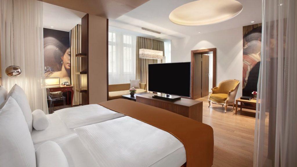 Hotel Vier Jahreszeiten München Zimmer