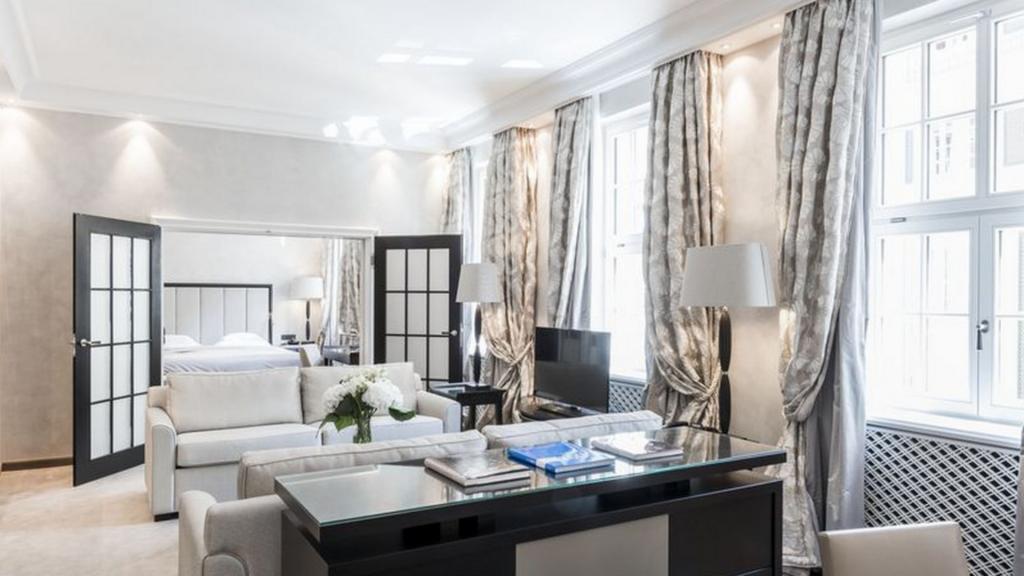 Bayerischer Hof Graf Pilati Suite