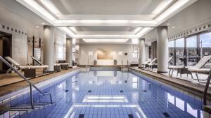 Hyatt Regency Cologne Pool