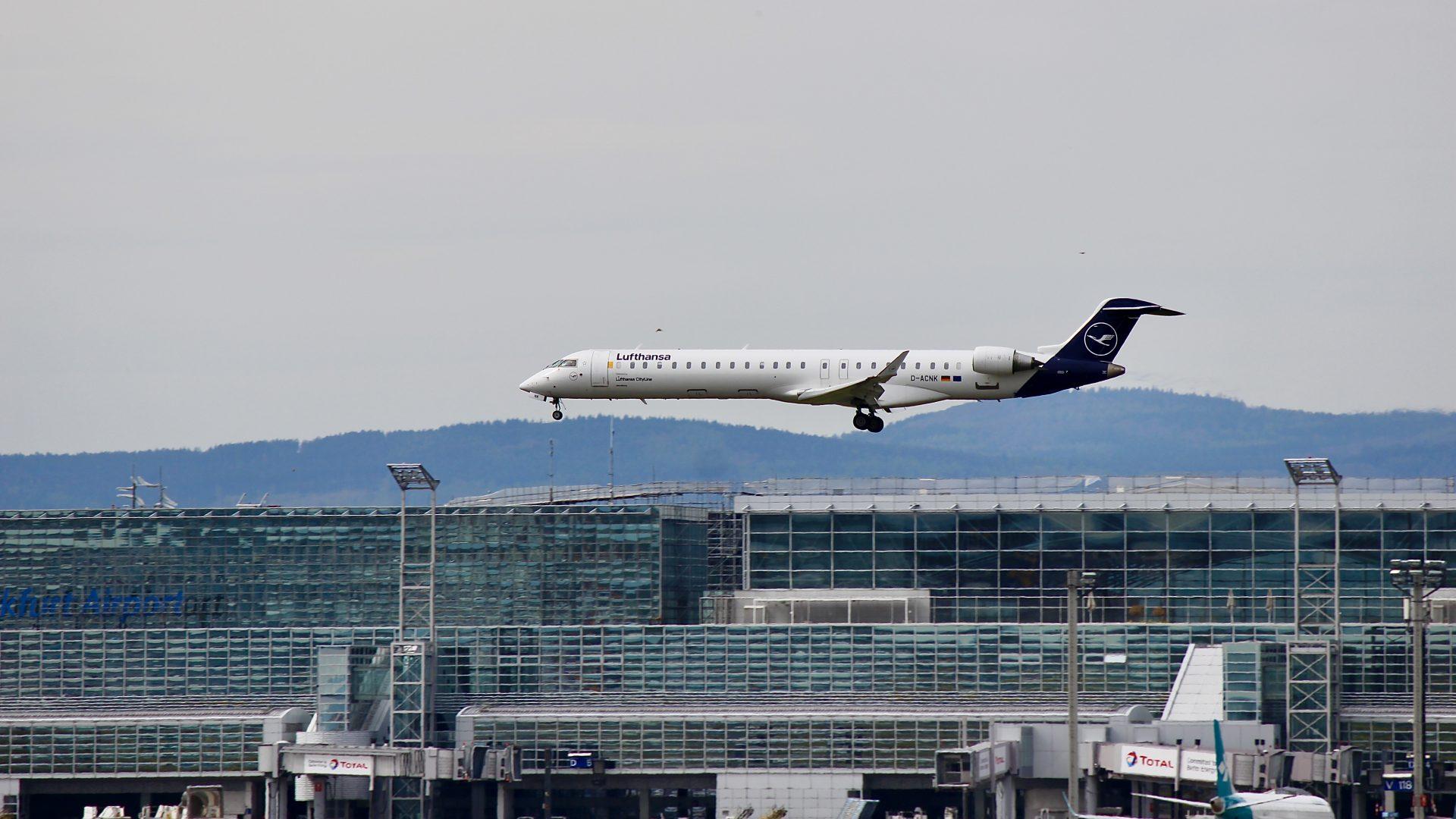 Lufthansa Cityline CRJ-900