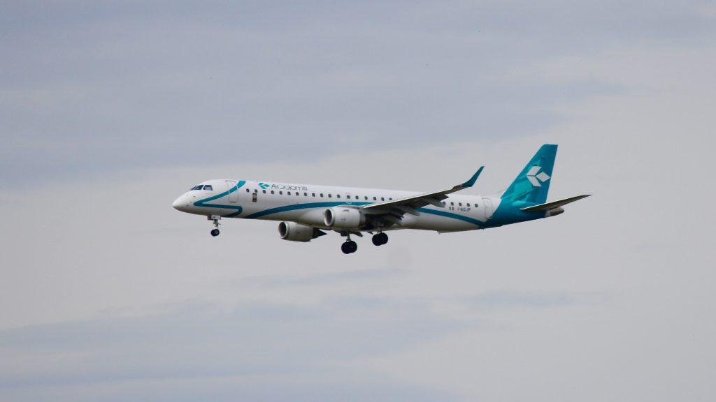 Air Dolomiti Embraer E195