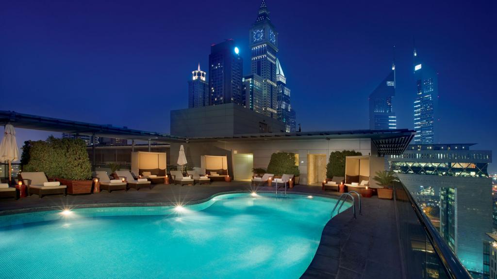 Ritz Carlton Dubai IFC Pool