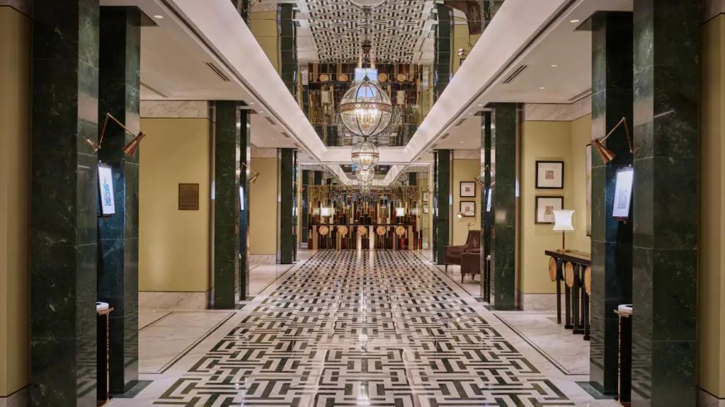 Waldorf Astoria Dubai IFC Lobby