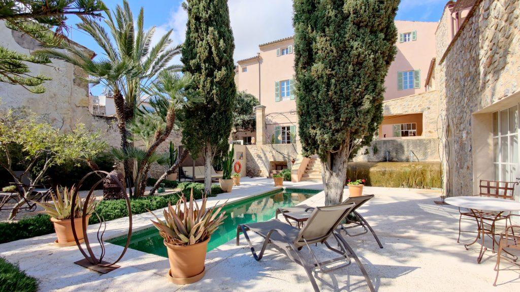 Yartan Boutique Hotel Arta Pool