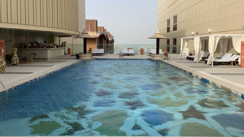 Andaz Dubai The Palm Pool Oben
