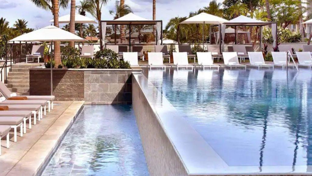 Pool Hawaii 2