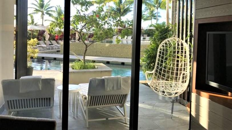 Pool Suite 2 1