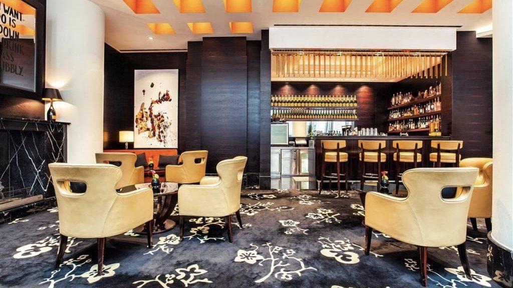 Ember Bar & Lounge